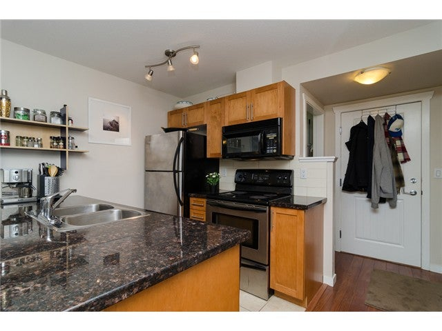 # 203 2342 WELCHER AV - Central Pt Coquitlam Apartment/Condo for sale, 1 Bedroom (V1082255) #4