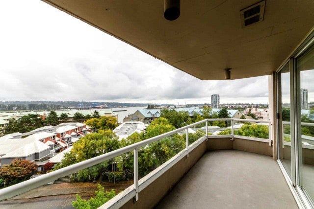 703 1065 QUAYSIDE DRIVE - Quay Apartment/Condo for sale, 2 Bedrooms (R2315749) #1